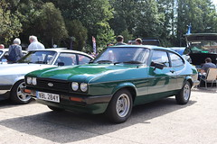 Ford Capri 2.0 S WBL284Y (Andrew 2.8i) Tags: s 20 2000 2000s 20s mk3 mk 3 iii mark liftback hatchback hatch coupe sportscar sports ford capri show uk surrey weybridge track circuit brooklands 50th anniversary wbl284y