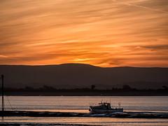 bos-sunset-1000664-200120 (Peadingle) Tags: winter sunset burnhamonsea somerset fishing boat