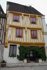 Noyers (jmarnaud) Tags: france 2019 autumn family noyers village walk street old building river countryside