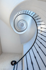 An old classic revisited (bjoernahrensfotografie) Tags: munich münchen architecture architektur minimal abstract abstrakt spiral stairs staircase lookup treppe treppenhaus