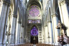 Cathédrale Notre-Dame de Reims (Franck.Robinet) Tags: notredame reims eglise churche cathedrale light lumière architecture france