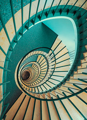 Going down (Karsten Gieselmann) Tags: 714mmf28 architektur em1markii mzuiko microfourthirds olympus treppenhaus architecture kgiesel m43 mft staircase stairs munich bavaria germany