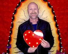DSCN8741 (danimaniacs) Tags: valentinesday portrait man guy mansolo smile beard scruff colorful