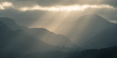 Lake District Light (www.peterhenryphotography.com) Tags: lakedistrict fells mountains light sunlight rays crepuscularrays