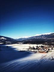 Bruneck (marfis75) Tags: kronplatz kronenplatz skigebiet tag down unten up oben haus marfis75 wintertag blau blue day snow clear winter tal ski bruneck
