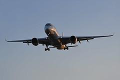 'AY3ML' (AY1331) HEL-LHR (A380spotter) Tags: approach landing arrival finals shortfinals belly airbus a350 a350xwb™ xtrawidebody extra 900 ohlwn finnair fin ay ay3ml ay1331 hellhr runway27l 27l london heathrow egll lhr