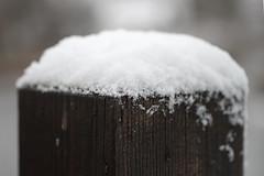 Lumine post (Jaan Keinaste) Tags: estonia post pentax lumi eesti k3 pentaxk3 snow column smcpentaxamacro2850