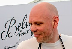 (Tony Worrall) Tags: chef tomkerridge cook man celeb weightloss bald head fun nice buy sell sale forsale sold foodie food event demo show photos dailyphoto photograff photohour location place cooking chefy make english