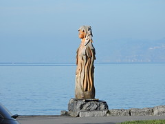 DSCN0463 (keepps) Tags: switzerland suisse schweiz vaud winter lacléman art wood bois sculpture