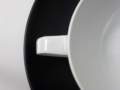 gropius02 (marratime) Tags: marratime vedodesign rosenthal studio linie servizio tac tea pot service walter gropius bauhaus teiera made germany design german modernariato porcellana nera porcelaine noire