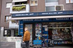 Milano Moving - Corriere Della Sera (In.Deo) Tags: milano lombardia italy street
