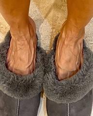Veiny feet (l.mew24) Tags: sexy woman feet shoes fetish model pedicure foot toes pretty perfect beautiful tendons flex veins