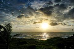 Nasce Um Novo Dia (Arimm) Tags: arimm sun cloud morning sunrise sony nex6 e pz 1650mm f3556 oss ☀⬜🆒🆒