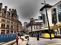 UK - Manchester tram (onewayticket) Tags: tram transport urban metrolink bombardier m5000 bombardierm5000 buildings architecture
