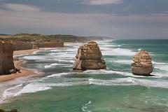 AUS_2005-Film-010-21 (charlesvanlangeveld) Tags: victoria 12apostles greatoceanroad australia sea shore waves clouds apostles landscape scape seascape