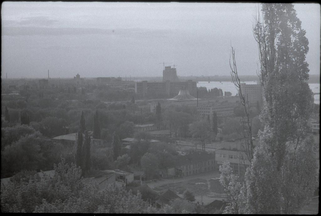 фото: Панорама с чердака - Около 1990 СВЕМА K27-28 35mm FS6400 [Щербина Александр Валерьевич]