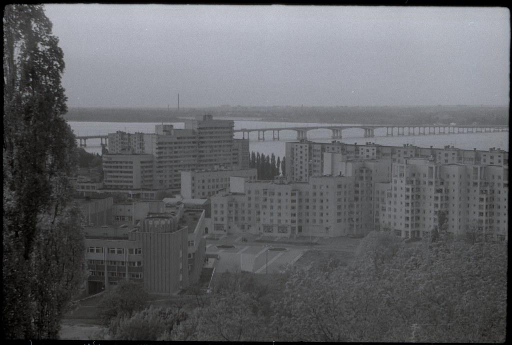 фото: Панорама с чердака - Около 1990 СВЕМА K23-24 35mm FS6400 [Щербина Александр Валерьевич]