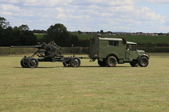 Photo of Fordson WOT 2H (1943) and Bofors Gun