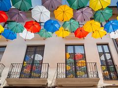 para aigües (.carleS) Tags: paraigües paraguas umbrella olympus omd em5 ii caeduiker