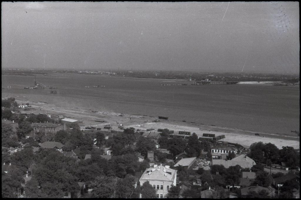 фото: Вид в сторону моста - Около 1965 AGFA ISOPAN ISS K56-57 35mm FS6400 [Щербина Александр Валерьевич]