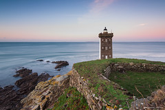 Kermorvan (Kambr zu) Tags: erwanach kambrzu lighthouse tourism ach sea phare ciel seascape landescape poselongue paysages paysagesmythiques pharedekermorvan lanterne bretagne