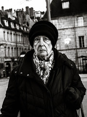. (Aurélien B.) Tags: alone blackandwhite monochrome streetphotography olympus omd em10 portrait old lady woman hat aurelien b bw people street photopgraphy life urban glance mood emotion