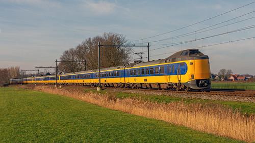Teuge NSR ICMm trio als IC1637 naar Enschede