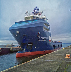 Leith Docks. (Adrian Walker.) Tags: elements boats ships dock lockgates edinburgh leithdocks leith water harbor