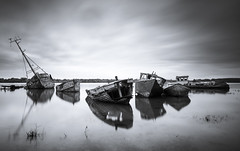 Pin Mill shipwrecks (michaelclarke_photography) Tags: pinmill suffolk ipswich river orwell seascape boats fuji fujifilm xt1