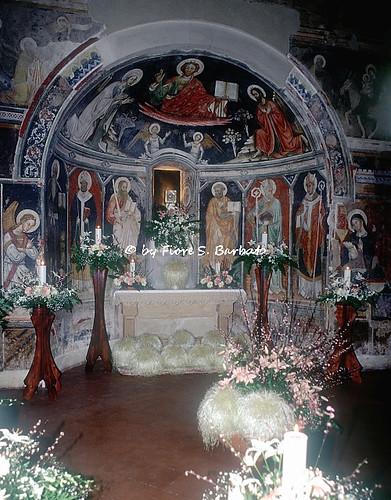 Galatina (LE), 1994, Basilica di Santa Caterina d'Alessandria: addobbi del Giovedì Santo.