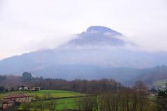 Bitaño (Izurtza) (eitb.eus) Tags: eitbcom 35411 g1 tiemponaturaleza tiempon2020 invierno bizkaia izurza javierlanazuñiga
