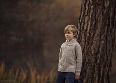 Autumn in the forest (Aga Wlodarczak) Tags: agawlodarczak agawlodarczakphotography child children childportrait childphotography childhood naturallight outdoors outdoorportrait canon canon6d canoneos6d 135mmf2 autumn