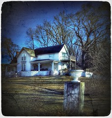 Hilltop dreams.... (Sherrianne100) Tags: smalltown oldhome ozarks missouri