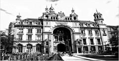 DSC07229 (juergenrossum) Tags: bahnhöfe schwarz weiss architektur belgien antwerpen