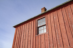 Looking Up (brucetopher) Tags: red wall fishshack building siding window light southeast motif motif1 motifno1 motifnumberone motifnumber1 one 1 shack shed lobstershack lobster harbor fisherman lobsterman house architecture newengland rockport rockportharbor