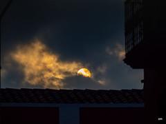 entre núvols (.carleS) Tags: sol atardecer núvols caeduiker olympus omd em5 ii