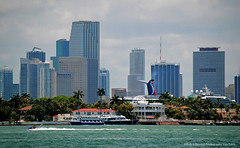 Downtown Miami (Infinity & Beyond Photography: Kev Cook) Tags: downtown miami city center centre cityscape buildings skyscrapers architecture biscaynebay bayfront photos
