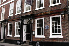 Guy Faulkes Inn, York. (piktaker) Tags: northyorkshire yorkshire york pub inn bar tavern publichouse hotel guyfaulkesinn