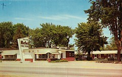 Lone Pine Motel and Restaurant, Clare, MI (Guy Clinch) Tags: postcard restaurant motel oldsign