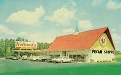 Holland's Pecan Shoppe, Sycamore, GA, circa 1967 (Guy Clinch) Tags: postcard oldcars oldsign restaurant gasstation roadside stuckeys