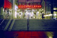 söderhallarna1 (Spesam) Tags: lomography800 analogt filmphotography stockholm neonljus neonlights