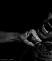 Detechazo merecido (westone625) Tags: punch teeth moth fight friend drunked