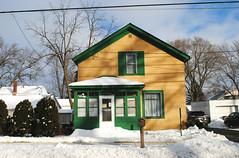 House in Bristol, Wisconsin (Cragin Spring) Tags: wisconsin wi midwest unitedstates usa unitedstatesofamerica rural southernwisconsin bristol bristolwi bristolwisconsin snow yellow green house home