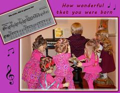♫•*¨*•.¸¸♪•*¨*•.¸¸♪ 🎂  ♫•*¨*•.¸¸♪•*¨*•.¸¸♪ (ursula.valtiner) Tags: puppe doll luis bärbel künstlerpuppe masterpiecedoll geburtstag birthday kindergartenkinder kindergartenkinder2018 besuch visit geburtstagsfest birthdayparty milina tivi annemoni sanrike keyboard musik music geburtstagslied birthdaysong