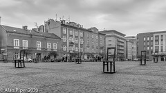 The Ghetto Heroes Square, Krakow (PapaPiper) Tags: poland krakow ghetto square ghettoheroessquare art remembrance zgodysquare placbohaterowgetta holocaustmemorial commemorate remember