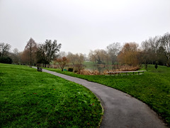 Foggy Day! (>Konstantinos<) Tags: fog foggy foggyday surrey universityofsurrey university unitedkingdom guildford campus green winter winterday mobilephotography samsunggalaxys9 landscape no people nopeople natural nature natureisbeautiful calm serenity lake grass