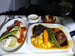 202001005 LH405 JFK-FRA dinner (taigatrommelchen) Tags: 20200102 flyingmeals airplane inflight meal dinner business dlh lufthansa lh405 a340600 daihb jfkfra