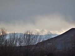 ...y al norte los Pirineos... (EduOrtÍn.) Tags: pirineos montaña paisaje aragón