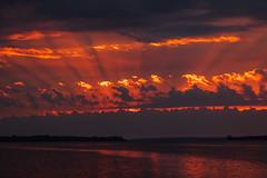 lr_2L0A4460_190926_0700 (Paul Lantz) Tags: 2019september26 70200mm bayofquinte belleville cloudy janeforresterpark sunrise