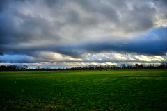0390 dark clouds (leike49) Tags: outdoor natuur nature landscapeview limburgslandschap tongerlo limburg belgië amateurphotography nikon d5300 clouds